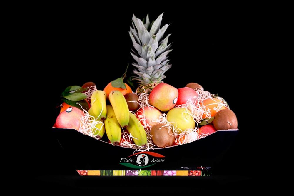 Compra Fruta de Temporada | CESTA FRUTAS TRADICIONAL | FrutasNieves